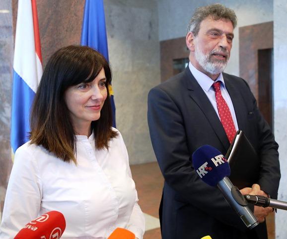 """Ministrica Divjak i posebni savjetnik Fuchs dogovorili dinamiku obaveza za eksperimentalnu """"Školu za život"""""""