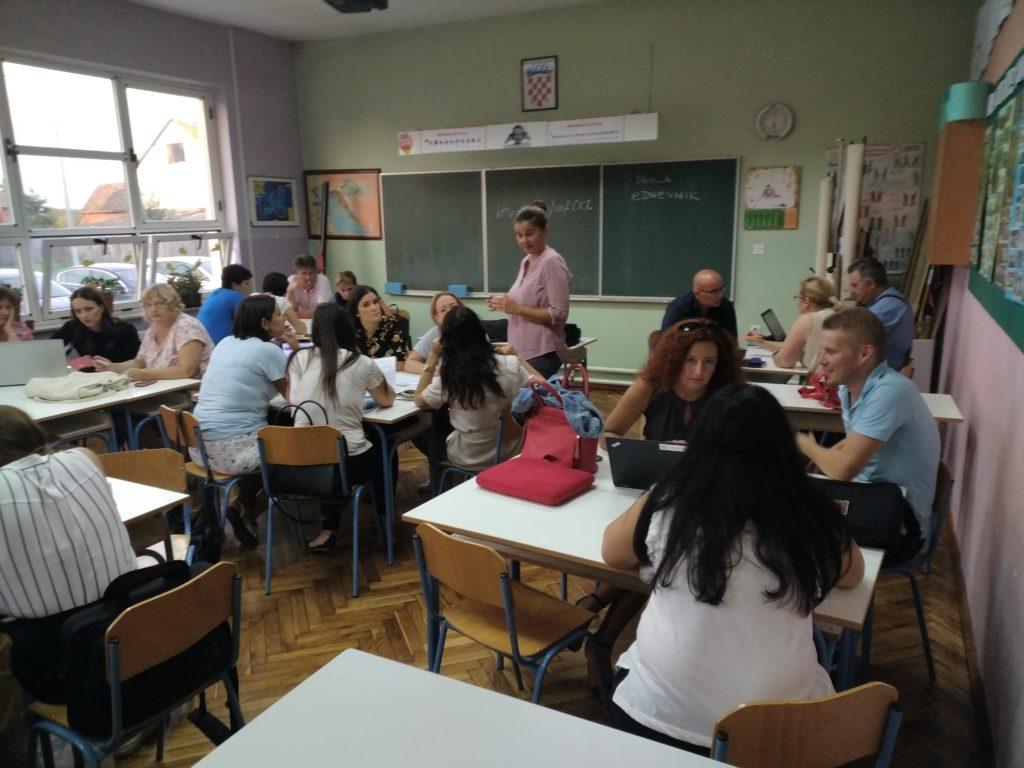 Stručno usavršavanje za učitelje i nastavnike Informatike na županijskoj razini